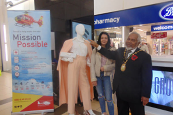 Sandwell Mayor Judges Charity 'Mannequin Challenge' Competition